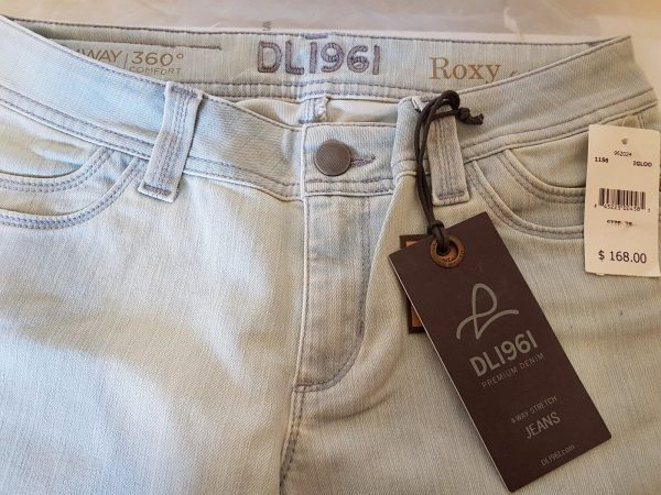 DL1961 Flare Jeans